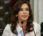 BUENOS AIRES, Dec. 11, 2007 (Xinhua) -- Argentina's new President Cristina Fernandez speaks during her inauguration in Buenos Aires, capital of Argentina, Dec. 10, 2007. Cristina Fernandez was sworn in on Monday as president of Argentina for a four-year term in a ceremony held at the country's parliament. (Xinhua/Juan Rinaldi) (zw)