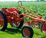 cuba-cleber-allis-tractor